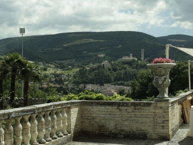 Il matrimonio di Alessio e Debora a Macerata, Macerata 27