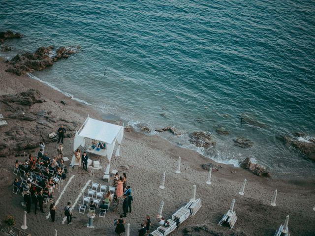 Il matrimonio di Luigi e Valentina a Vietri sul Mare, Salerno 37