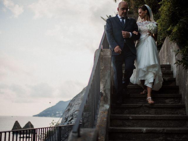 Il matrimonio di Luigi e Valentina a Vietri sul Mare, Salerno 40