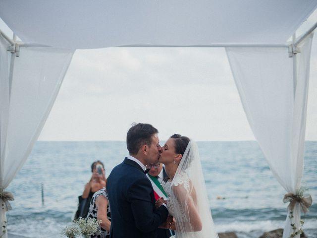 Il matrimonio di Luigi e Valentina a Vietri sul Mare, Salerno 48