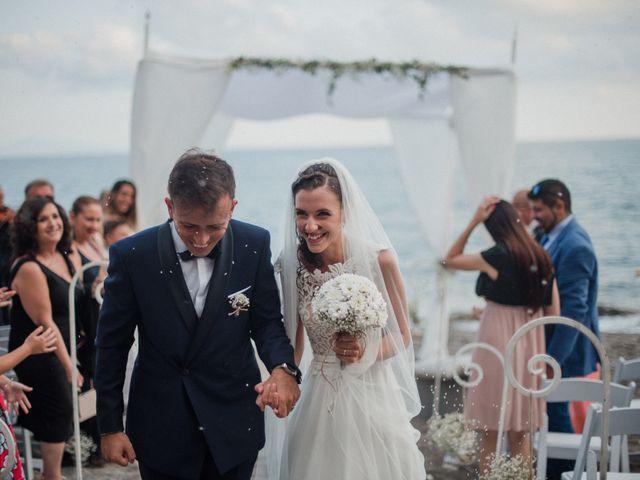 Il matrimonio di Luigi e Valentina a Vietri sul Mare, Salerno 49