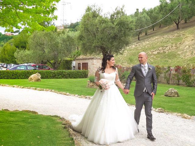 Il matrimonio di Antonio e Cosetta a Petritoli, Fermo 32