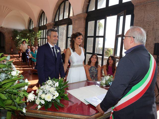 Il matrimonio di Marco e Ambra a Napoli, Napoli 29