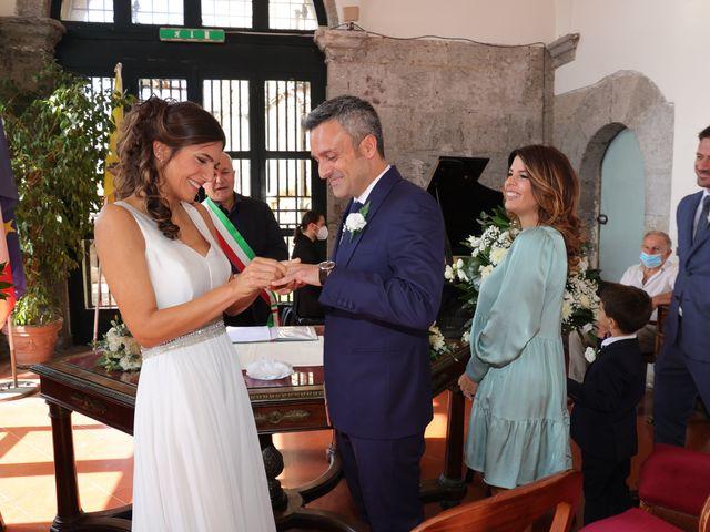 Il matrimonio di Marco e Ambra a Napoli, Napoli 33