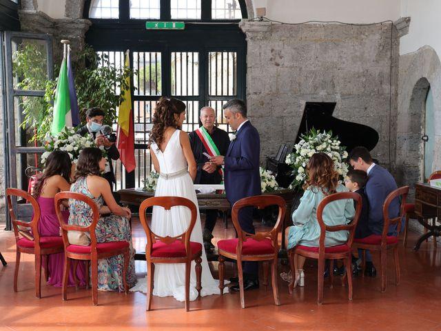 Il matrimonio di Marco e Ambra a Napoli, Napoli 35