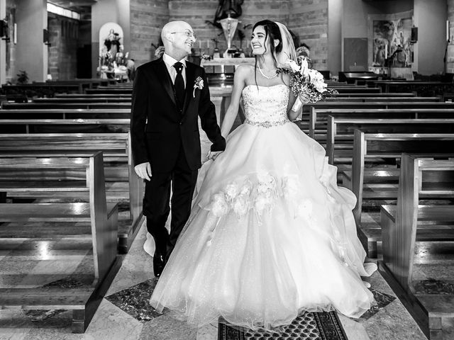 Il matrimonio di Stefano e Annachiara a Castro, Bergamo 7