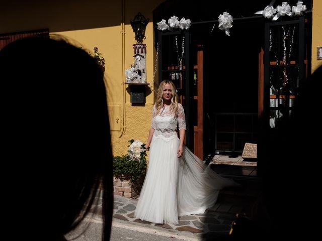 Il matrimonio di Massimiliano e Serena a Cerreto d'Esi, Ancona 28