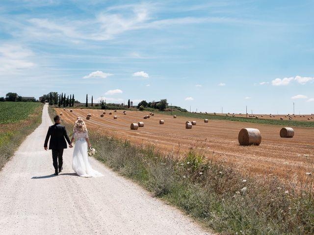 Il matrimonio di Massimiliano e Serena a Cerreto d'Esi, Ancona 46