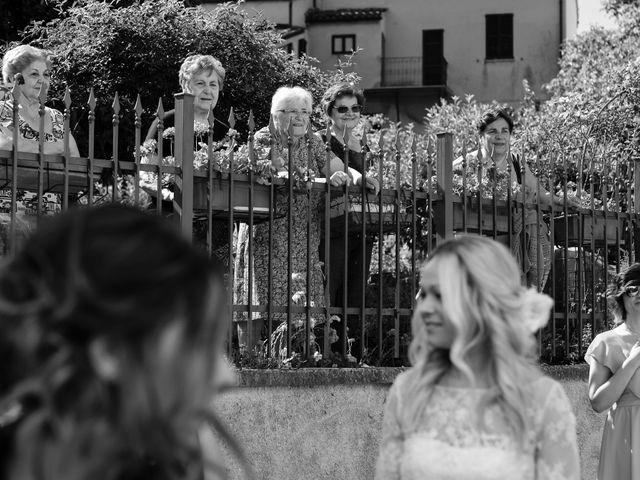 Il matrimonio di Massimiliano e Serena a Cerreto d'Esi, Ancona 29