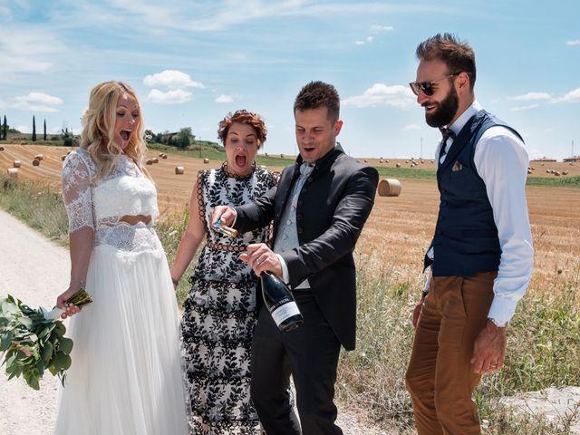 Il matrimonio di Massimiliano e Serena a Cerreto d'Esi, Ancona 48
