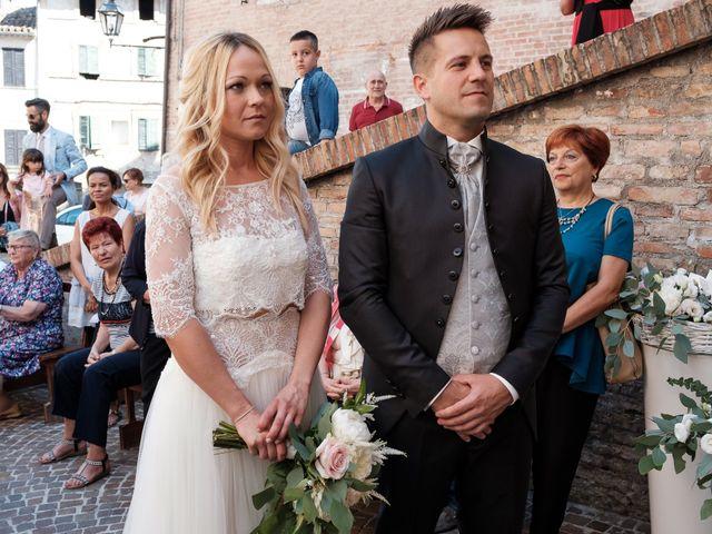 Il matrimonio di Massimiliano e Serena a Cerreto d'Esi, Ancona 34