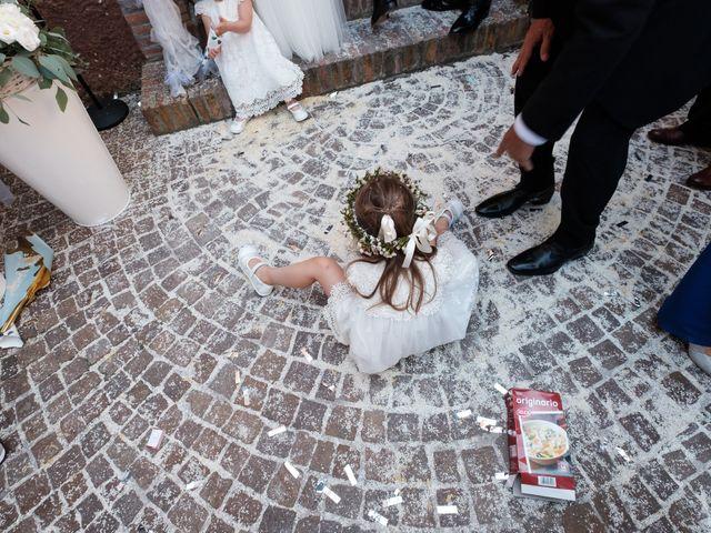 Il matrimonio di Massimiliano e Serena a Cerreto d'Esi, Ancona 40