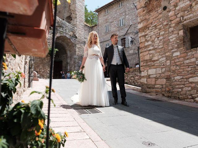 Il matrimonio di Massimiliano e Serena a Cerreto d'Esi, Ancona 51