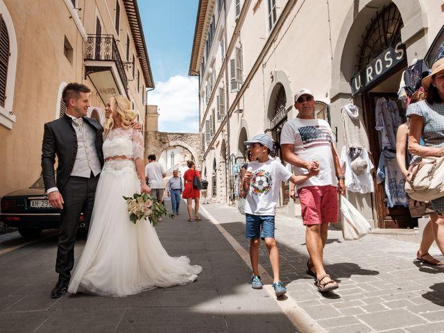 Il matrimonio di Massimiliano e Serena a Cerreto d'Esi, Ancona 54