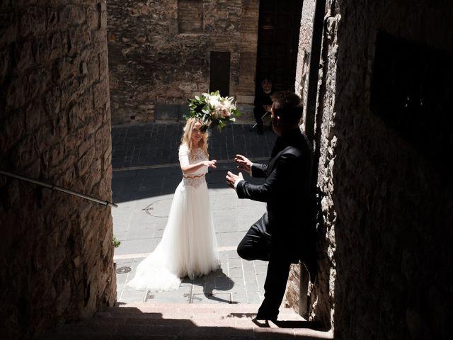 Il matrimonio di Massimiliano e Serena a Cerreto d'Esi, Ancona 55