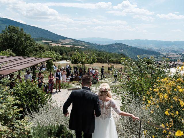 Il matrimonio di Massimiliano e Serena a Cerreto d'Esi, Ancona 60