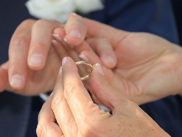 Il matrimonio di Massimiliano e Silvia a Monte San Savino, Arezzo 25