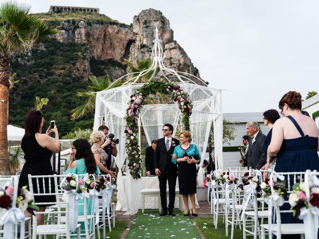 Il matrimonio di Manuel e Jessica a Terracina, Latina 17