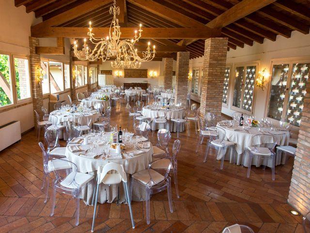 Il matrimonio di Emanuele e Emanuela a Fara Gera d'Adda, Bergamo 24