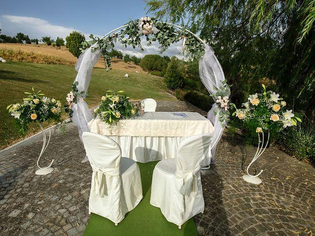 Il matrimonio di Daniele e Chiara a Montaione, Firenze 23
