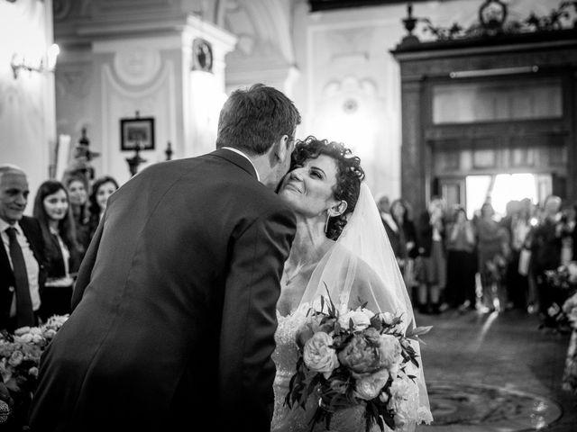 Il matrimonio di Antonio e Ester a Nola, Napoli 8