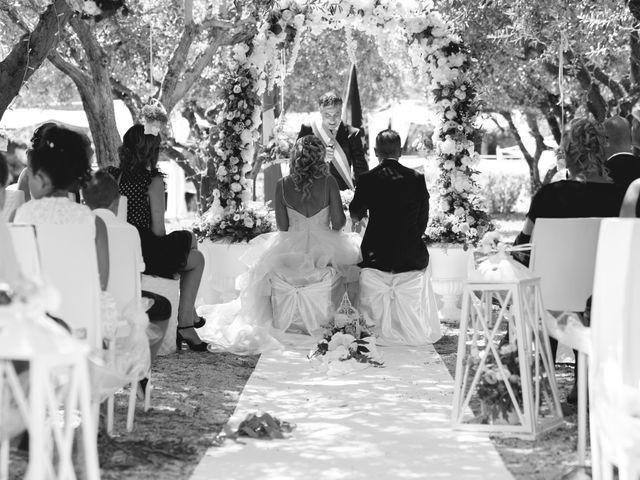Il matrimonio di Giovanni e Sabrina a Castellalto, Teramo 32
