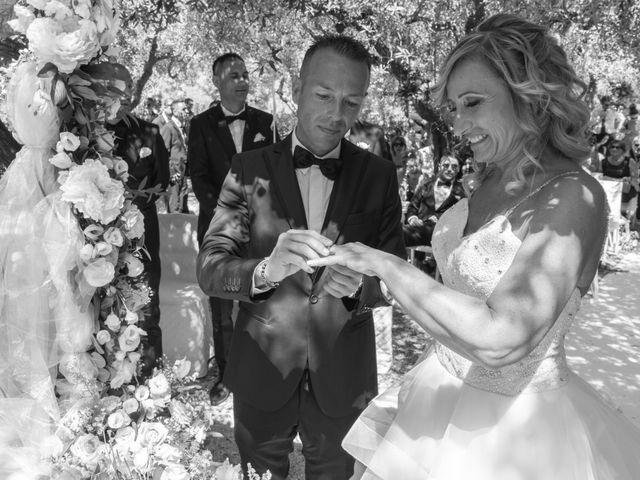Il matrimonio di Giovanni e Sabrina a Castellalto, Teramo 37
