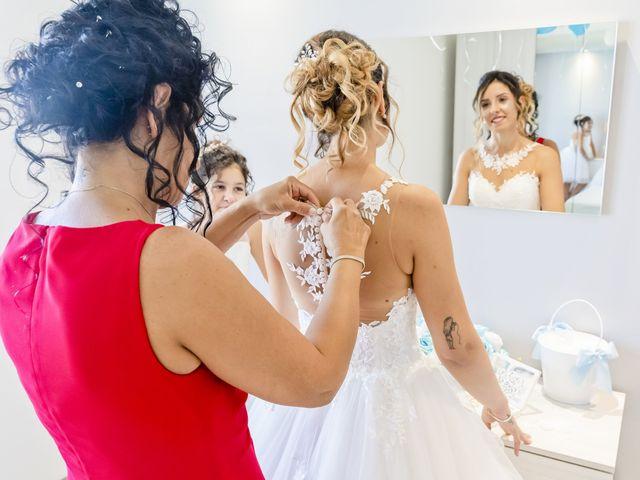 Il matrimonio di Luca e Moyra a Legnano, Milano 22