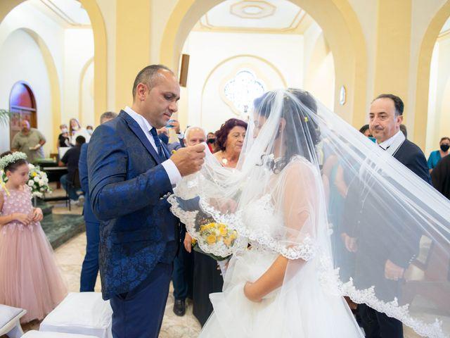 Il matrimonio di Carmen e Germano a Capaccio Paestum, Salerno 16