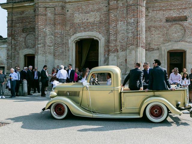Il matrimonio di Yuri e Laura a Bereguardo, Pavia 15
