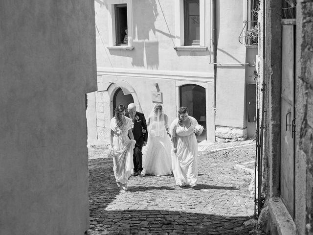 Il matrimonio di Fabrizio e Manuela a Venafro, Isernia 24