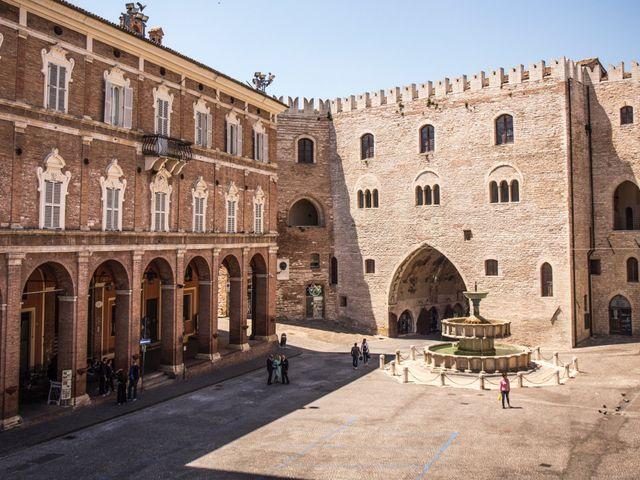Il matrimonio di Marco e Patrizia a Fabriano, Ancona 40