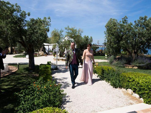Il matrimonio di Angelo e Laura a Fermo, Fermo 16