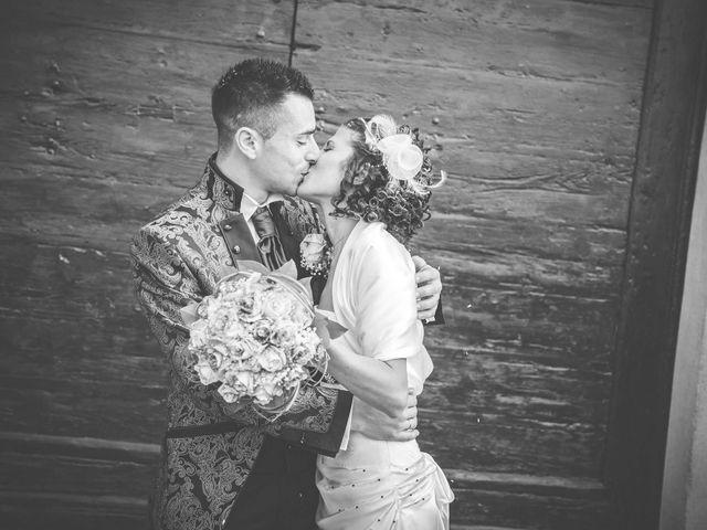 Il matrimonio di Marco e Erika a Samarate, Varese 14