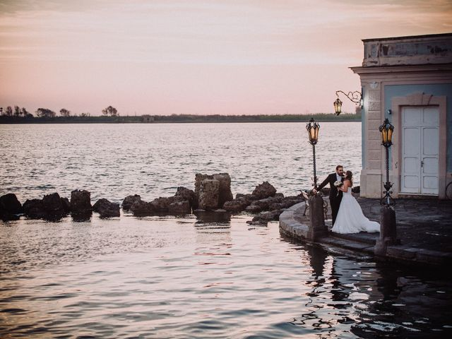 Il matrimonio di Vincenzo e Arianna a Pozzuoli, Napoli 60