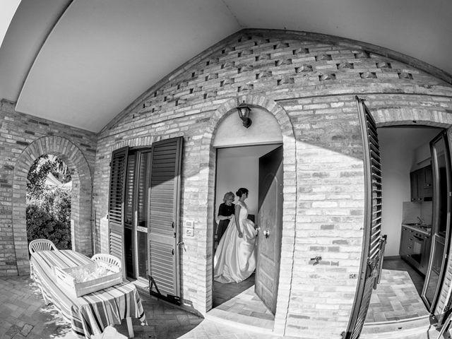 Il matrimonio di Francesco e Anna a Montecassiano, Macerata 30
