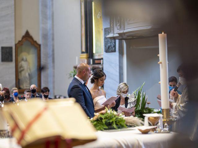 Il matrimonio di Emanuele e Vanessa a Calco, Lecco 24