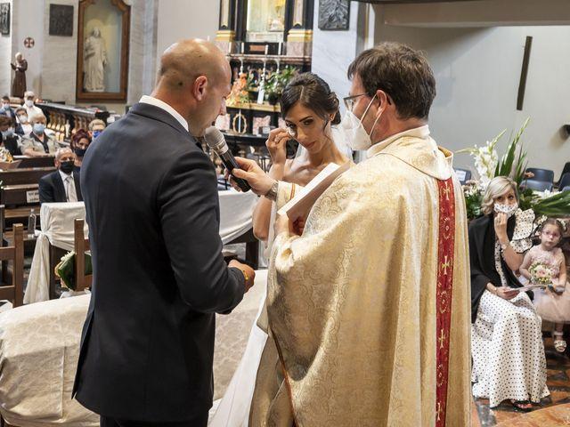 Il matrimonio di Emanuele e Vanessa a Calco, Lecco 28