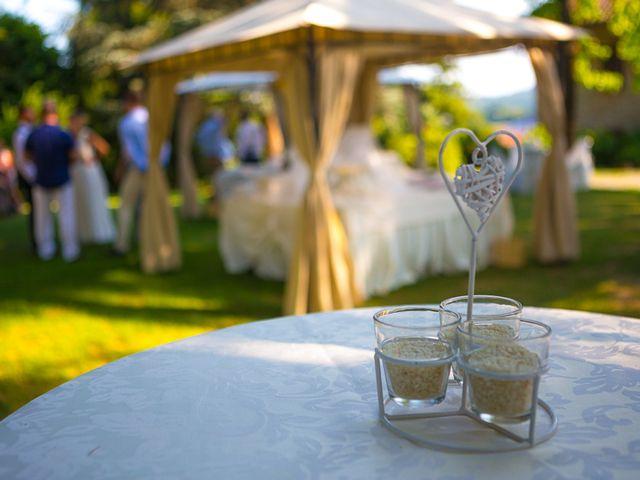 Il matrimonio di Irwin e Caroline a Viverone, Biella 8