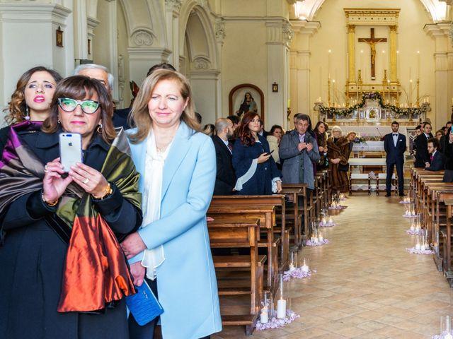 Il matrimonio di Luca e Melania a Limatola, Benevento 15