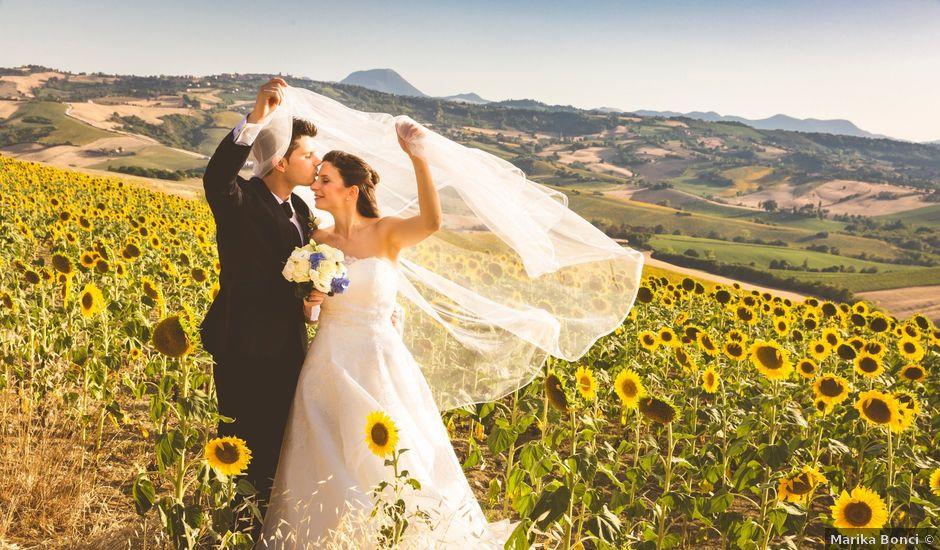 Il matrimonio di Andrea e Laura a Cupramontana, Ancona