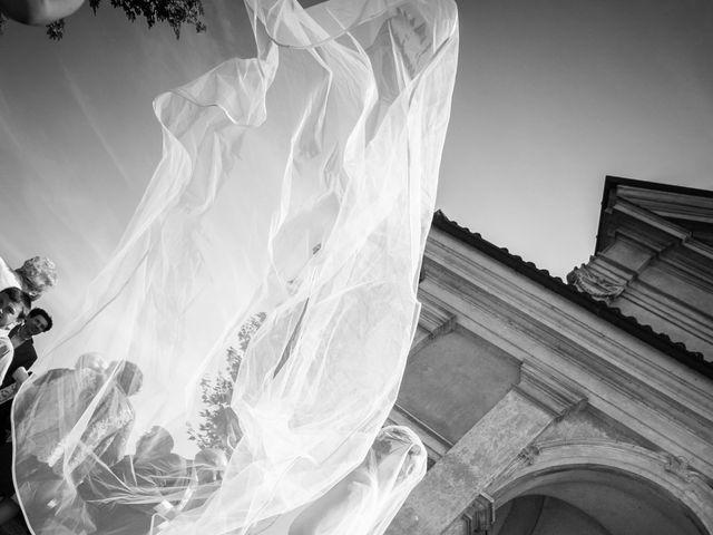 Il matrimonio di Mattia e Debora a Crema, Cremona 23
