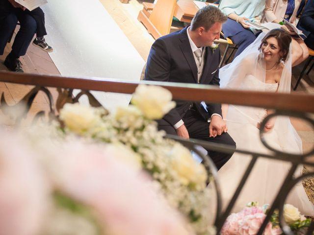 Il matrimonio di Mattia e Debora a Crema, Cremona 30