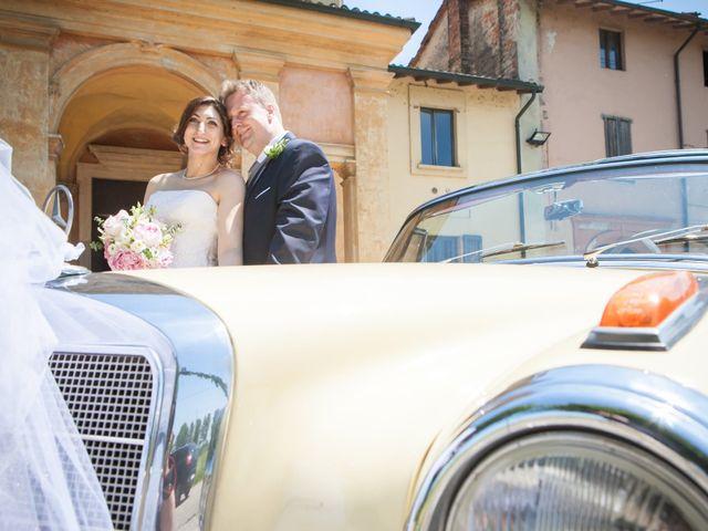 Il matrimonio di Mattia e Debora a Crema, Cremona 37