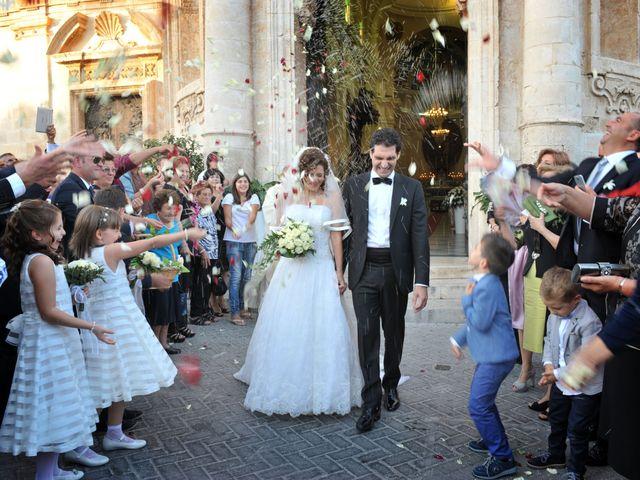 Il matrimonio di Marinella e Giuseppe a Floridia, Siracusa 29