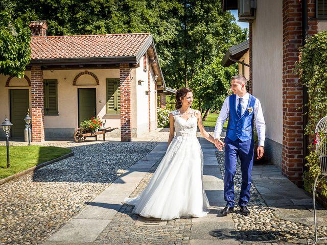 Il matrimonio di Luca e Gloria a Galliate, Novara 8