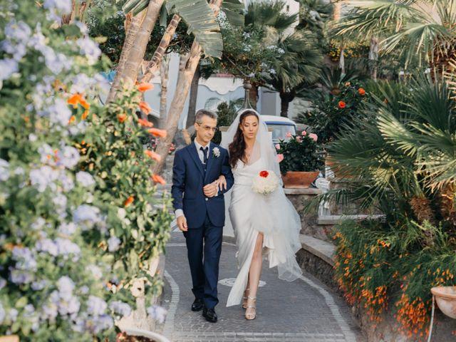 Il matrimonio di Luigi e Teresa a Ischia, Napoli 31