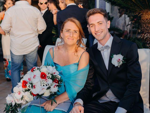 Il matrimonio di Luigi e Teresa a Ischia, Napoli 32