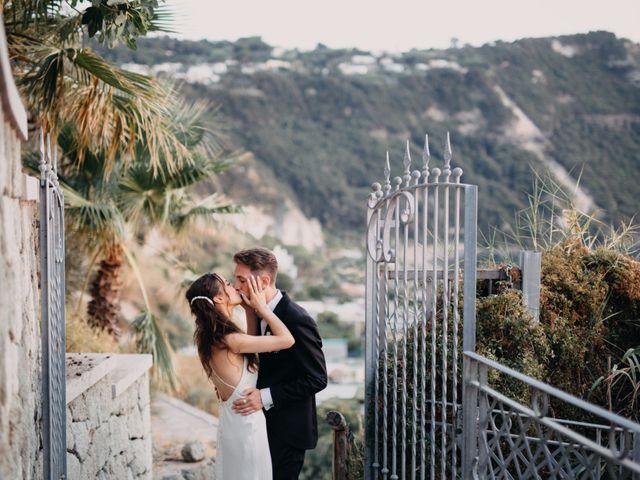 Il matrimonio di Luigi e Teresa a Ischia, Napoli 43