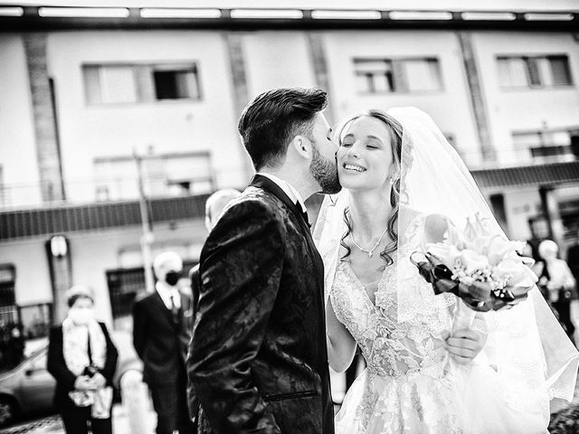 Il matrimonio di Mattia e Laura a Torbole Casaglia, Brescia 24